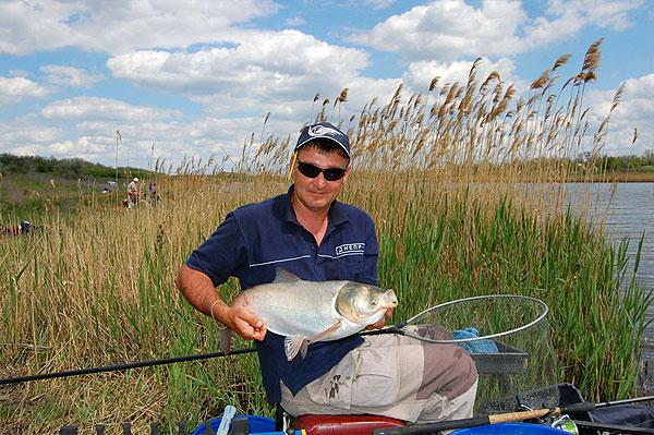 платная рыбалка долгое