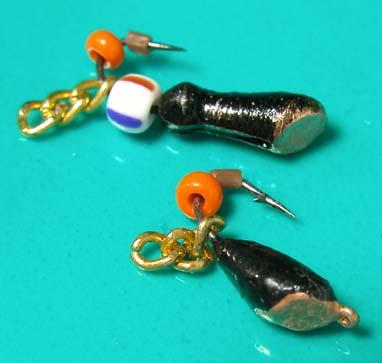 приманка у рыбака из ниток